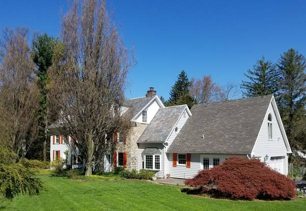 Exterior House Painting in Huntingdon Valley, PA (3)